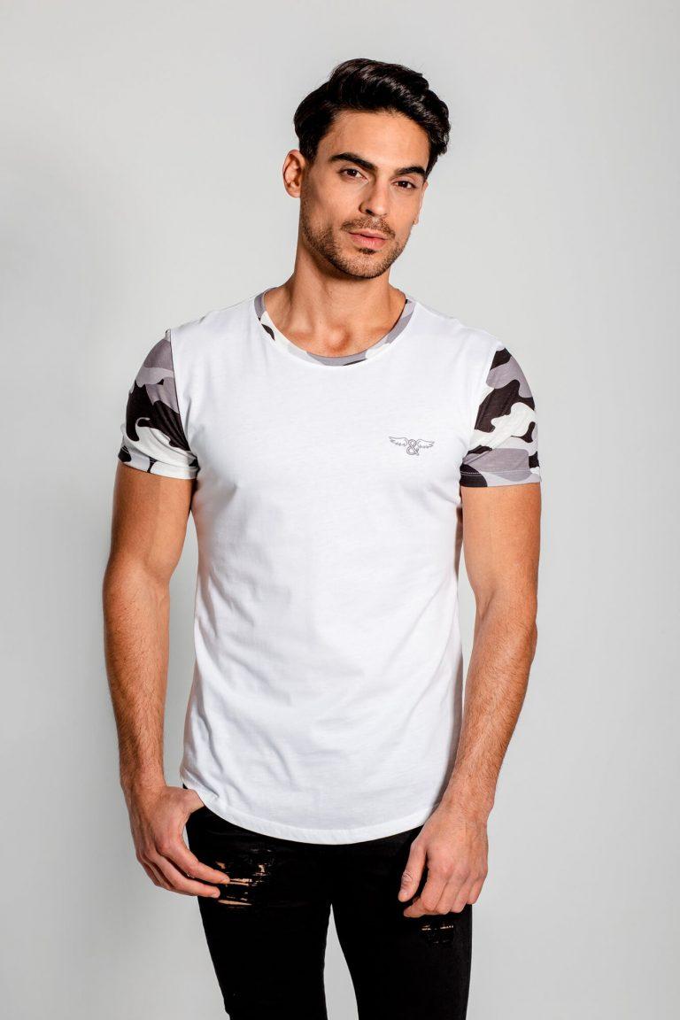 Camiseta mangas y cuello con estampado de camo en gris. Estilo urbano de la marca ELIU streetwear.