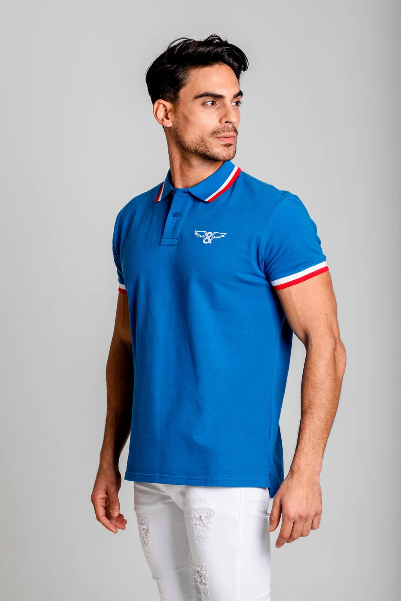 Camiseta polo contrast slim fit. Blanco y azul royal. Estilo urbano de la marca ELIU streetwear.