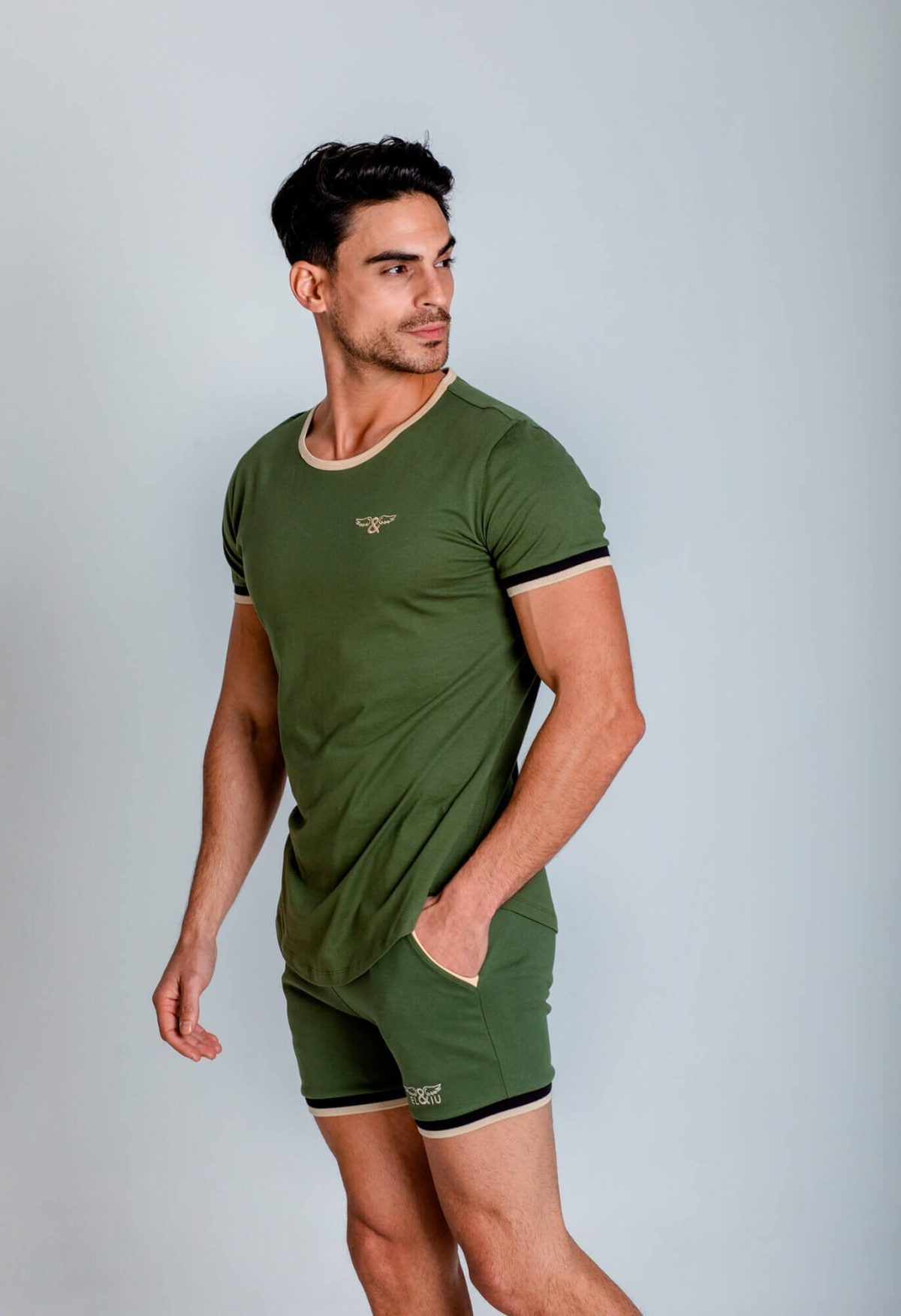 Camiseta deportiva 100% algodón. Ropa de deporte estilo urbano ELIU streetwear.