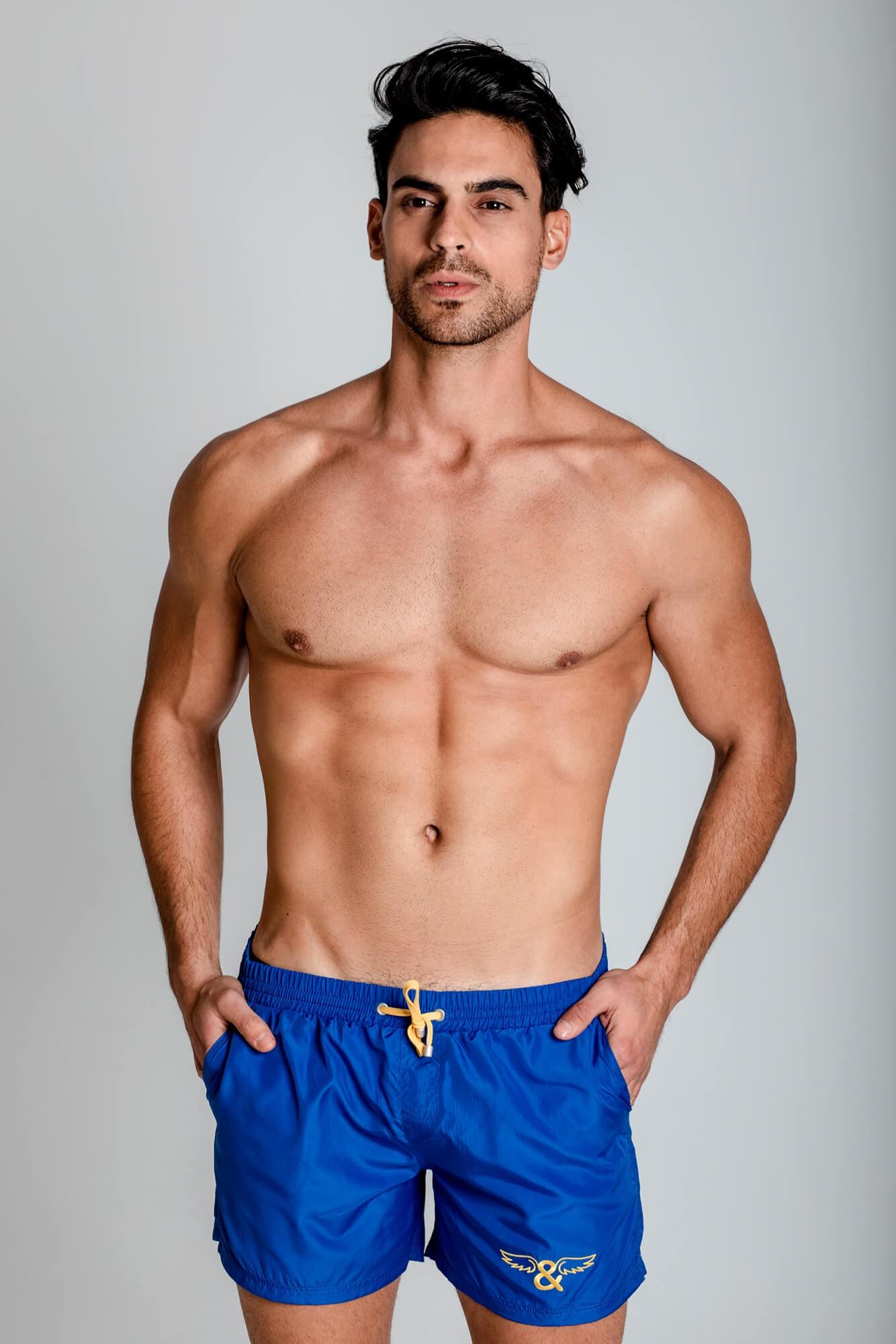 Bañador classic rojo para hombre. De secado rápido, con logo ELIU bordado en la pierna. ELIU Bañadores