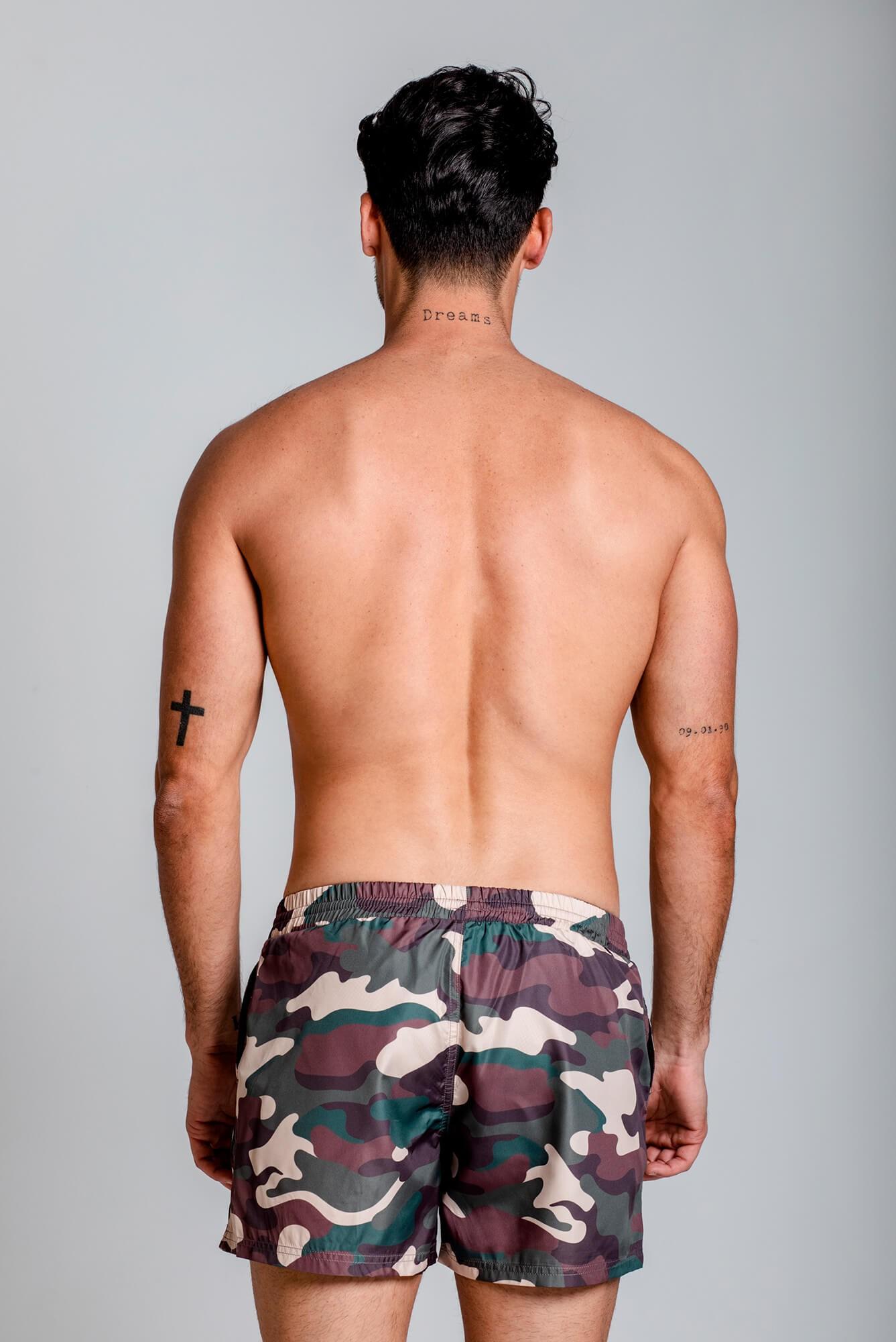 Bañador clásico para hombre, estampado camuflaje. Estilo urbano ELIU streetwear.