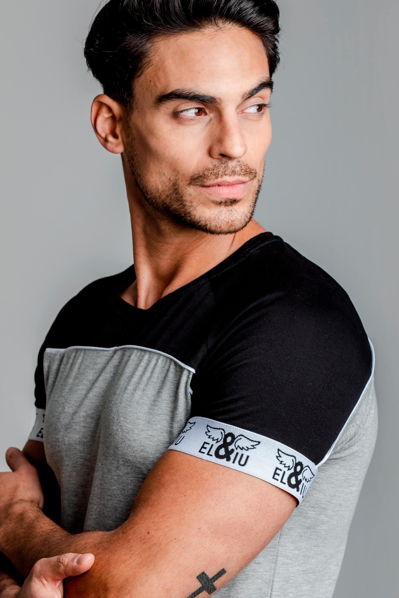 Camiseta Elastic Logo slim fit, 100% algodón. Estilo urbano de la marca ELIU streetwear.