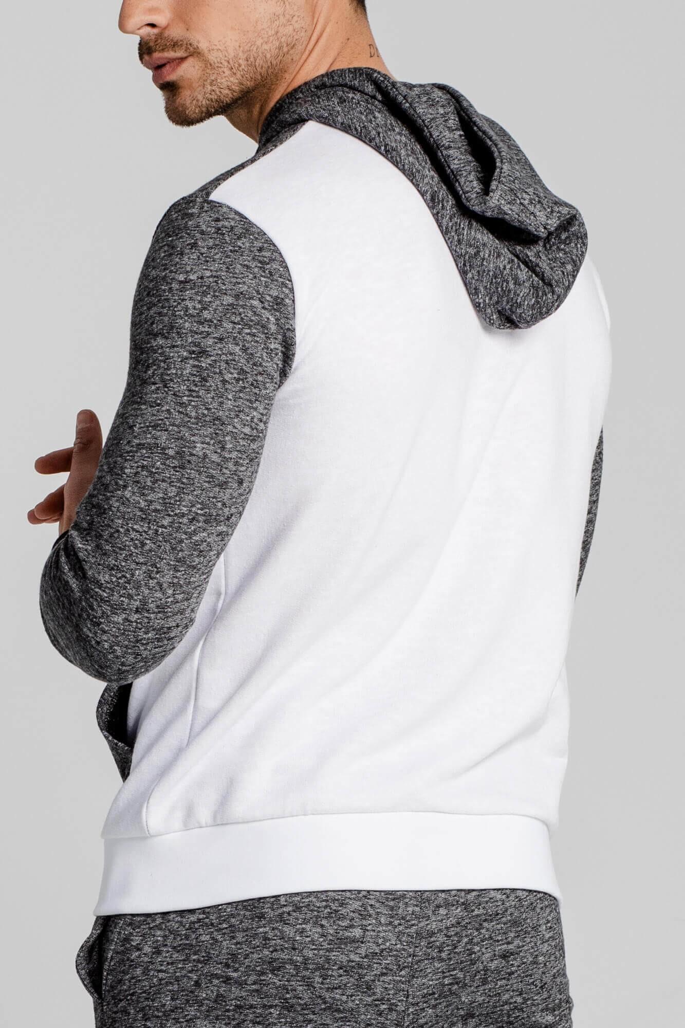 Sudadera deportiva Triangle, slim fit y 100% algodón. Estilo urbano de la marca ELIU, moda casual y urbana.