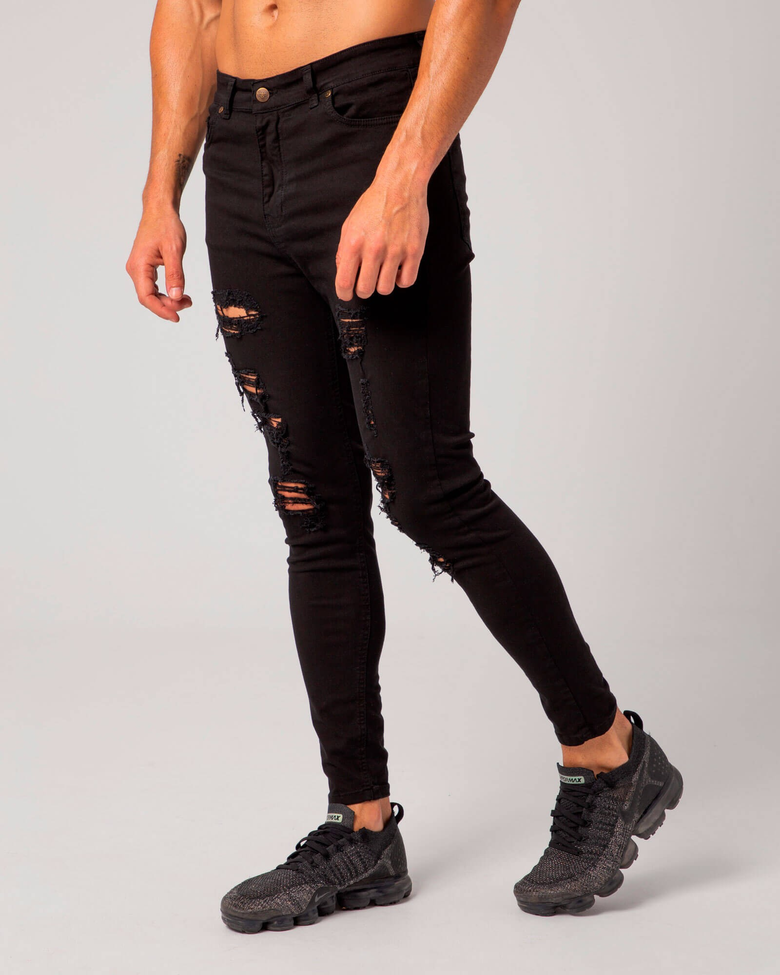 Ripped Acid Denim Jeans. Estilo urbano de la marca ELIU streetwear.